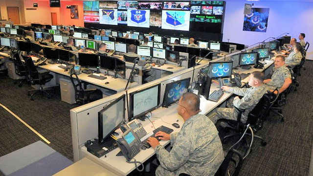 A Theory of Cyberwarfare: Political and Military Objectives, Lines of Communication, and Targets